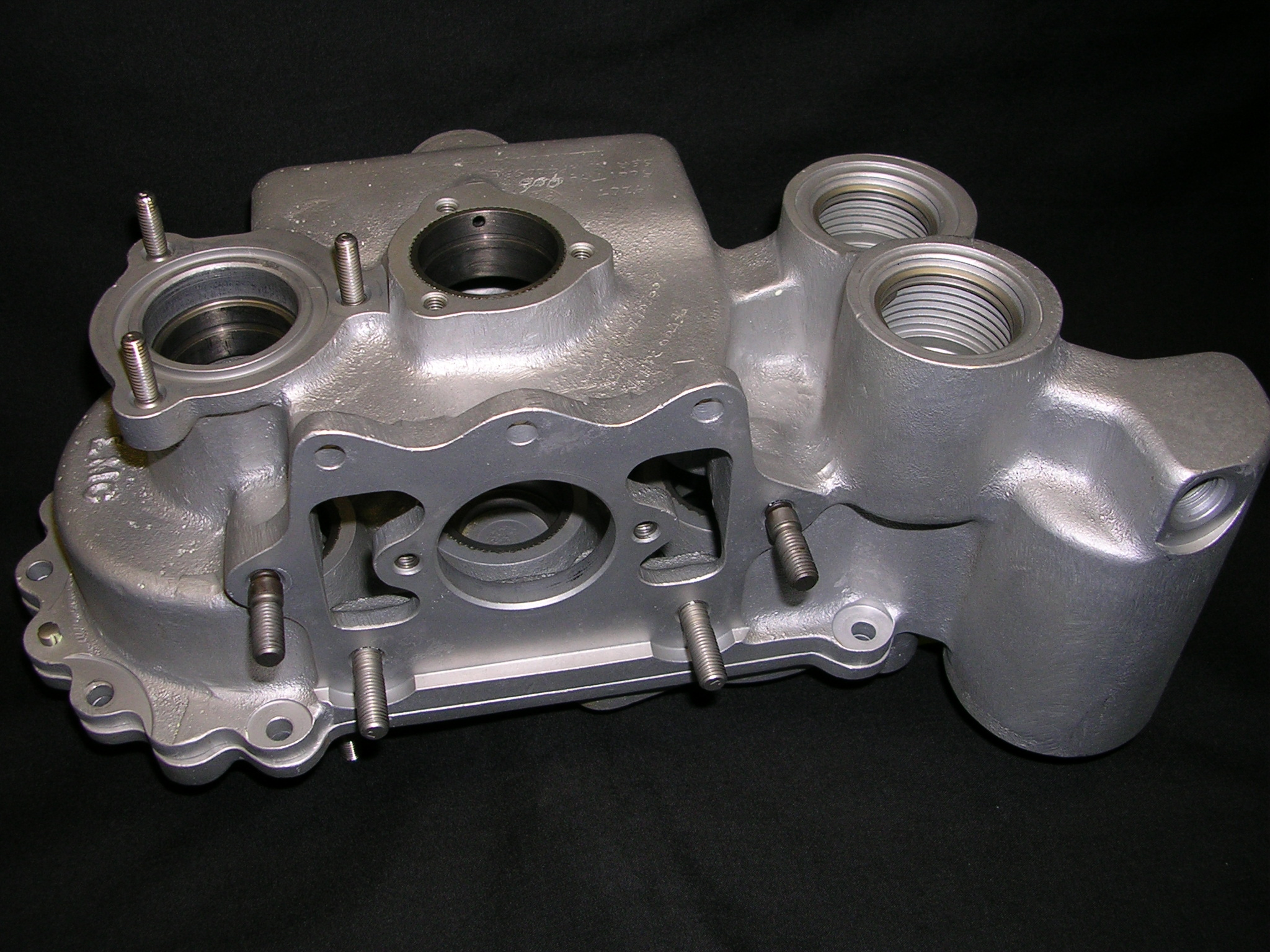 Accessory Gearbox Housing & Cover